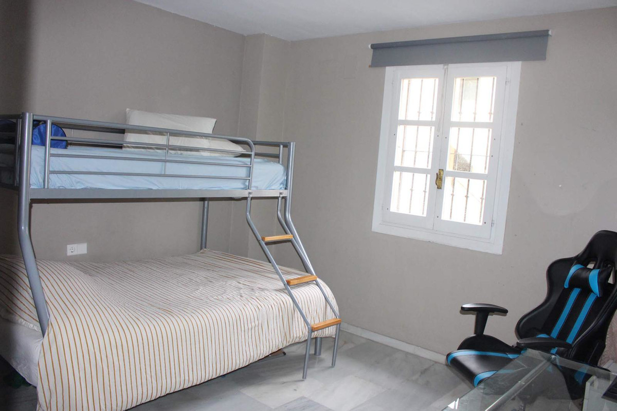 Apartamento en Venta en New Golden Mile – R3640250