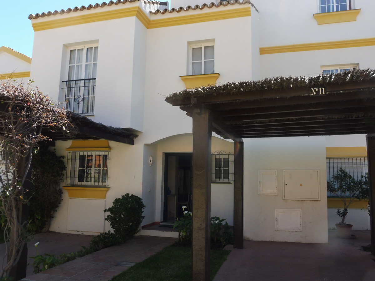 House - New Golden Mile - R3378661 - mibgroup.es