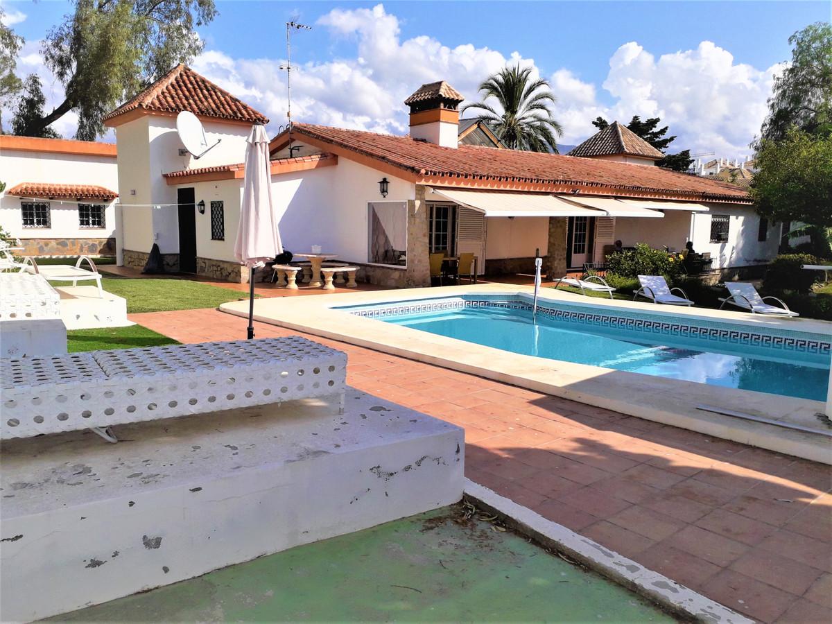 Marbella Banus Villa – Chalet en Venta en Marbella – R2727449