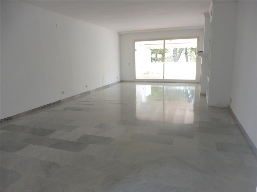 This duplex penthouse has four bedrooms and four bathrooms en suite,as well as a guest toilet. On th,Spain