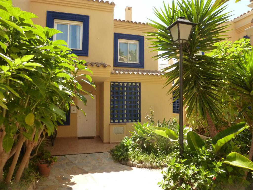 Townhouse  Terraced for sale   in Puerto Banús