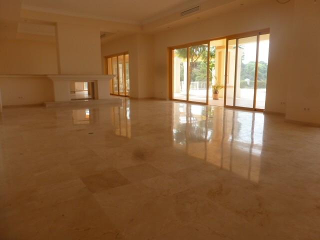 House in Benahavís R2329939 8
