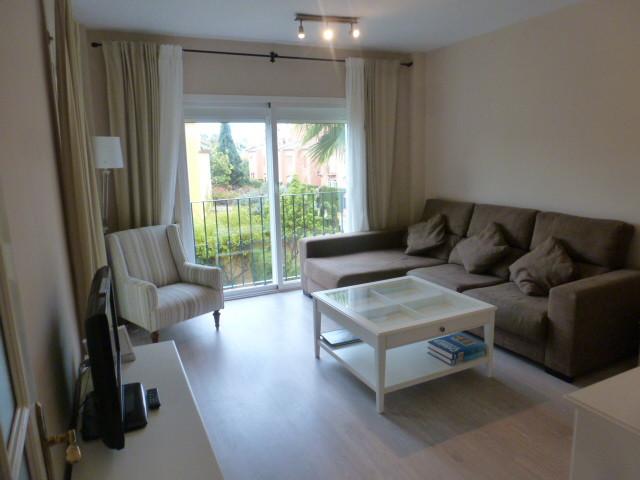Apartamento 2 Dormitorios en Venta Guadalmina Baja