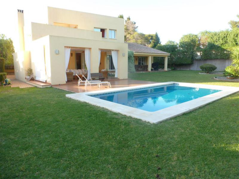 Ideal family house located beachside and within a short drive away from the center of San Pedro de A,Spain