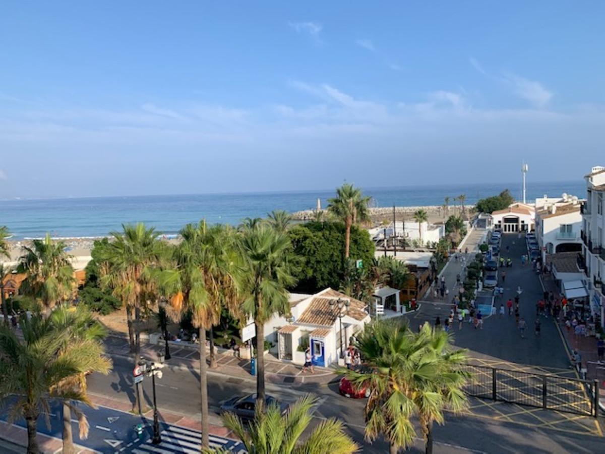 Marbella Banus Apartamento Planta Media en Venta en Marbella – R3508078