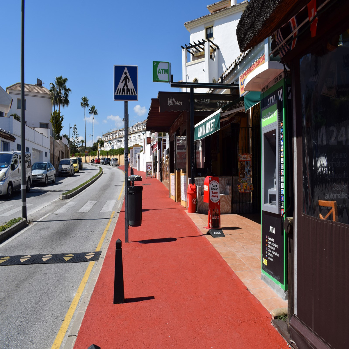 FREEHOLD BAR on the Calahonda strip, rare opportunity to acquire a fully equipped bar in a busy area, Spain
