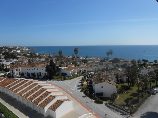 Fabulous location! Quiet community in La Cala de Mijas, short walk to the village and the beach. Pan, Spain