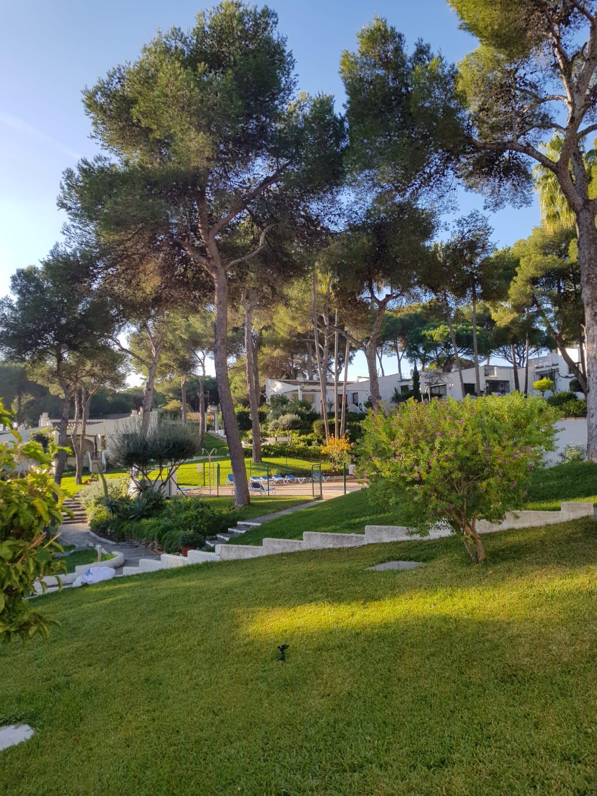 Villa, Individuelle  en vente    à Calahonda