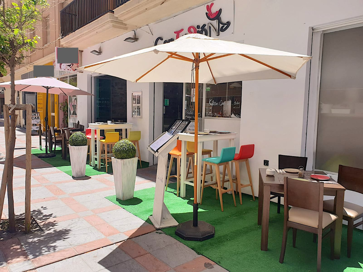 FREEHOLD !!!!! Restaurant in excellent commercial location in Fuengirola (walking distance to the be,Spain