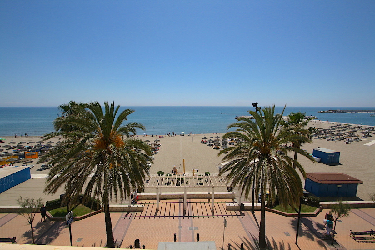 Unique opportunity to become the owner of a frontline beach studio in Fuengirola. Perfect investment, Spain