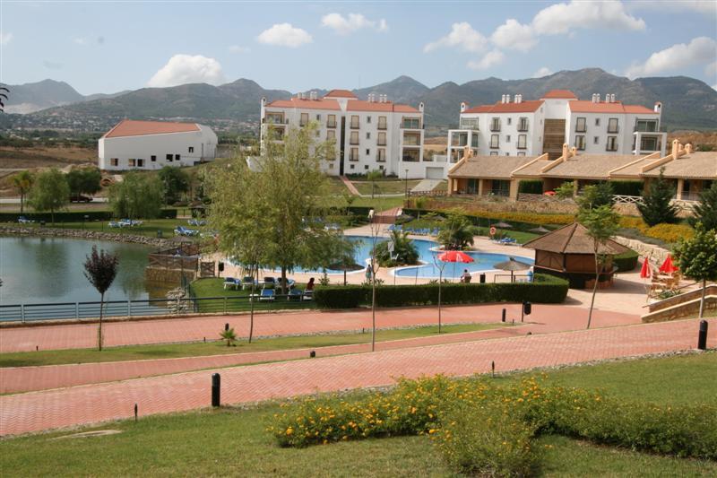 Apartment in Alhaurín de la Torre R63443 1