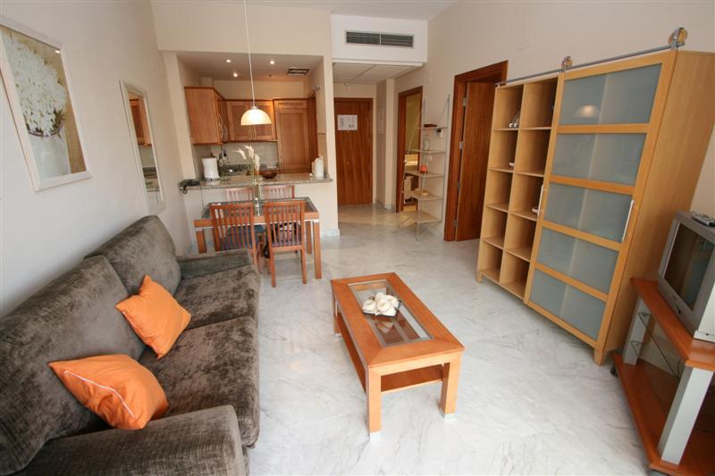 Apartment in Alhaurín de la Torre R63443 2