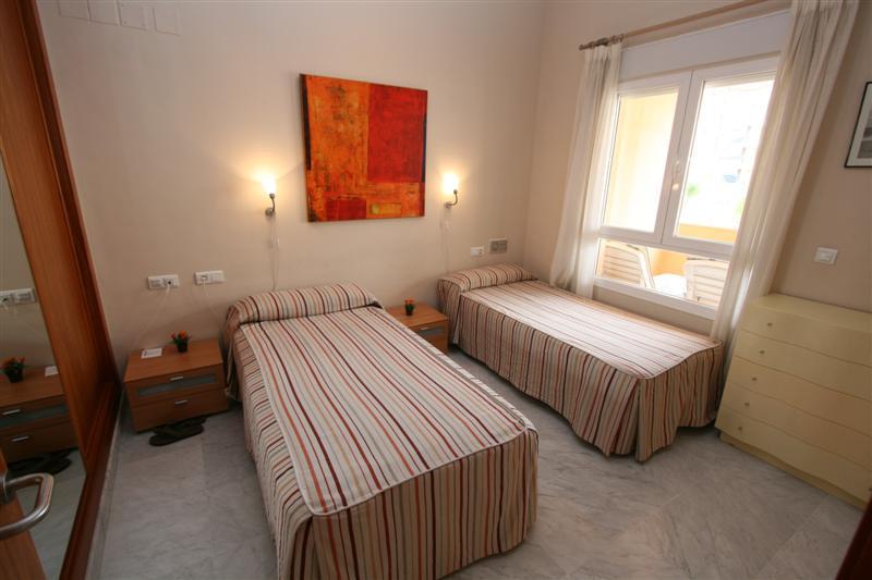 Apartment in Alhaurín de la Torre R63443 4