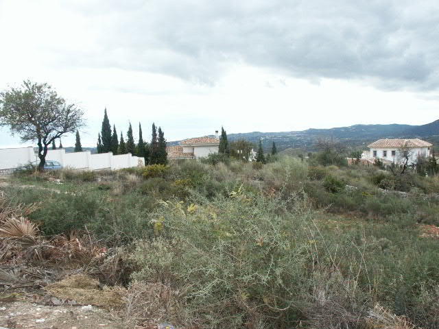 Residential Plot in Mijas R36822