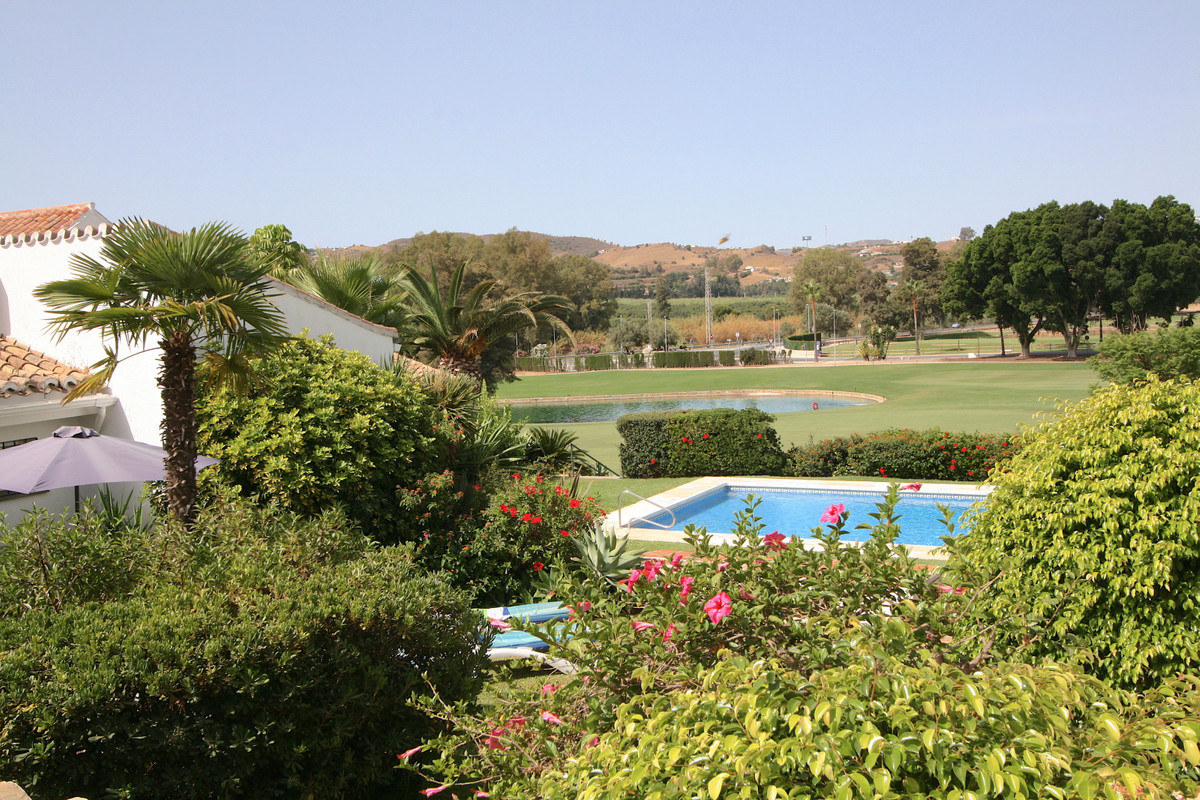 2 Bedroom Townhouse For Sale, Mijas Golf