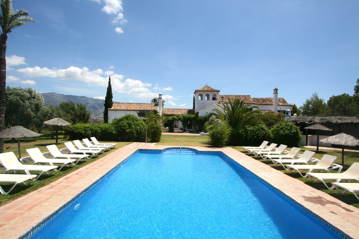 Unique opportunity to buy a typical Andalucian Hacienda. This charming property was built in 2000 on, Spain