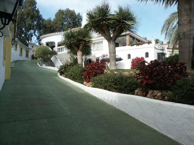 A unique detached villa situated next to a natural green park in Torremuelle, a very quiet and well , Spain