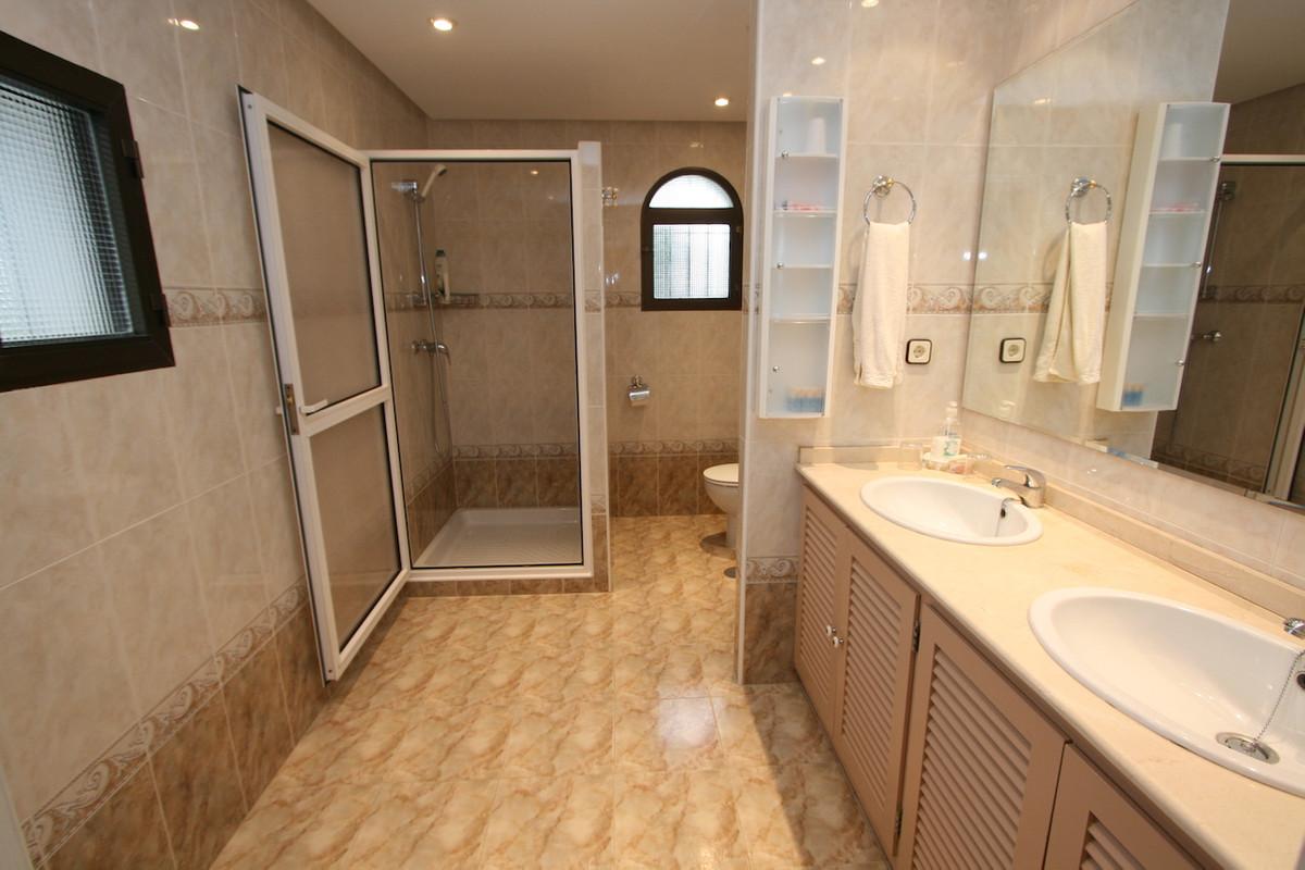 House in Torremuelle R36760 12