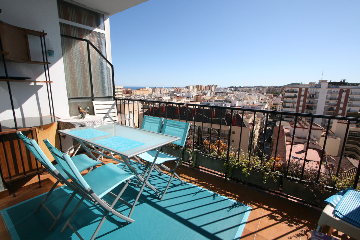 A beautiful top floor apartment in the heart of Fuengirola with all amenities and public transport r,Spain