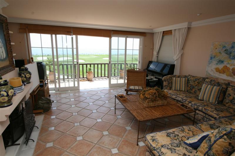 Villa con 6 Dormitorios en Venta Guadalmina Baja