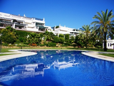 Nueva Andalucia, within close proximity of Puerto Banus, opportunity to own a spacious 3 bedroom 1st, Spain