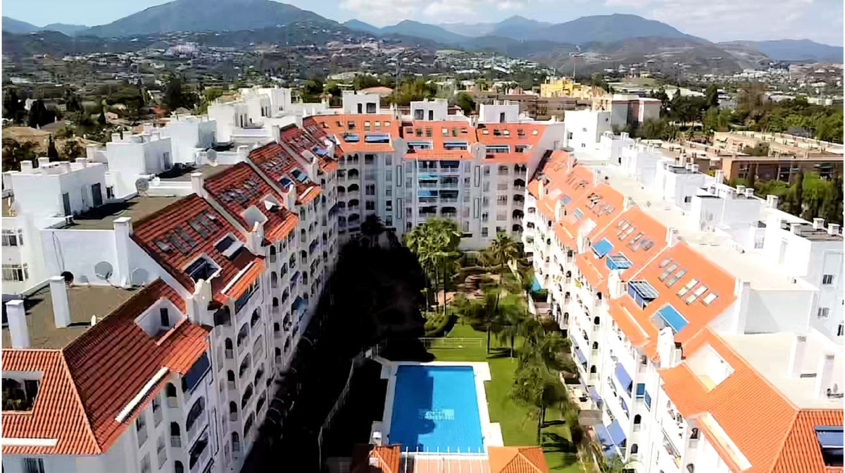 Marbella Banus Apartamento en Venta en San Pedro de Alcántara – R3761611
