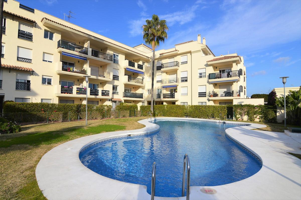 Apartamento Planta Baja en Venta en Nueva Andalucía – R3557923