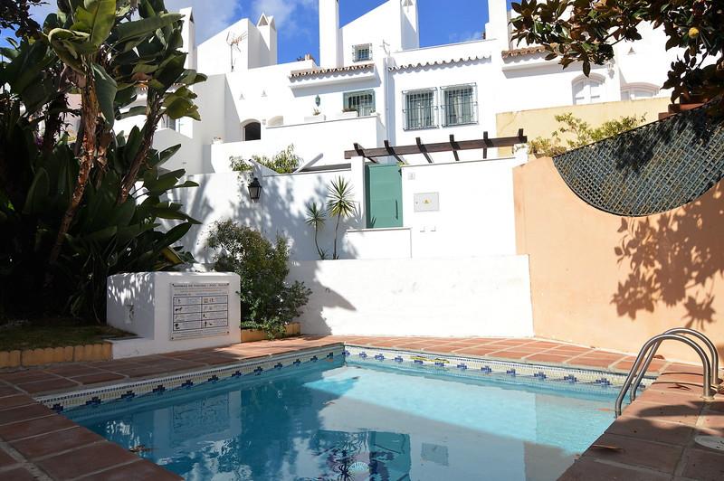 Maisons de ville à vendre à Nueva Andalucia 20