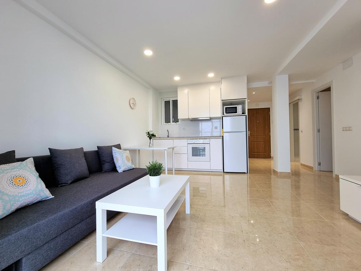 Marbella Banus Apartamento en Venta en San Pedro de Alcántara – R3804487