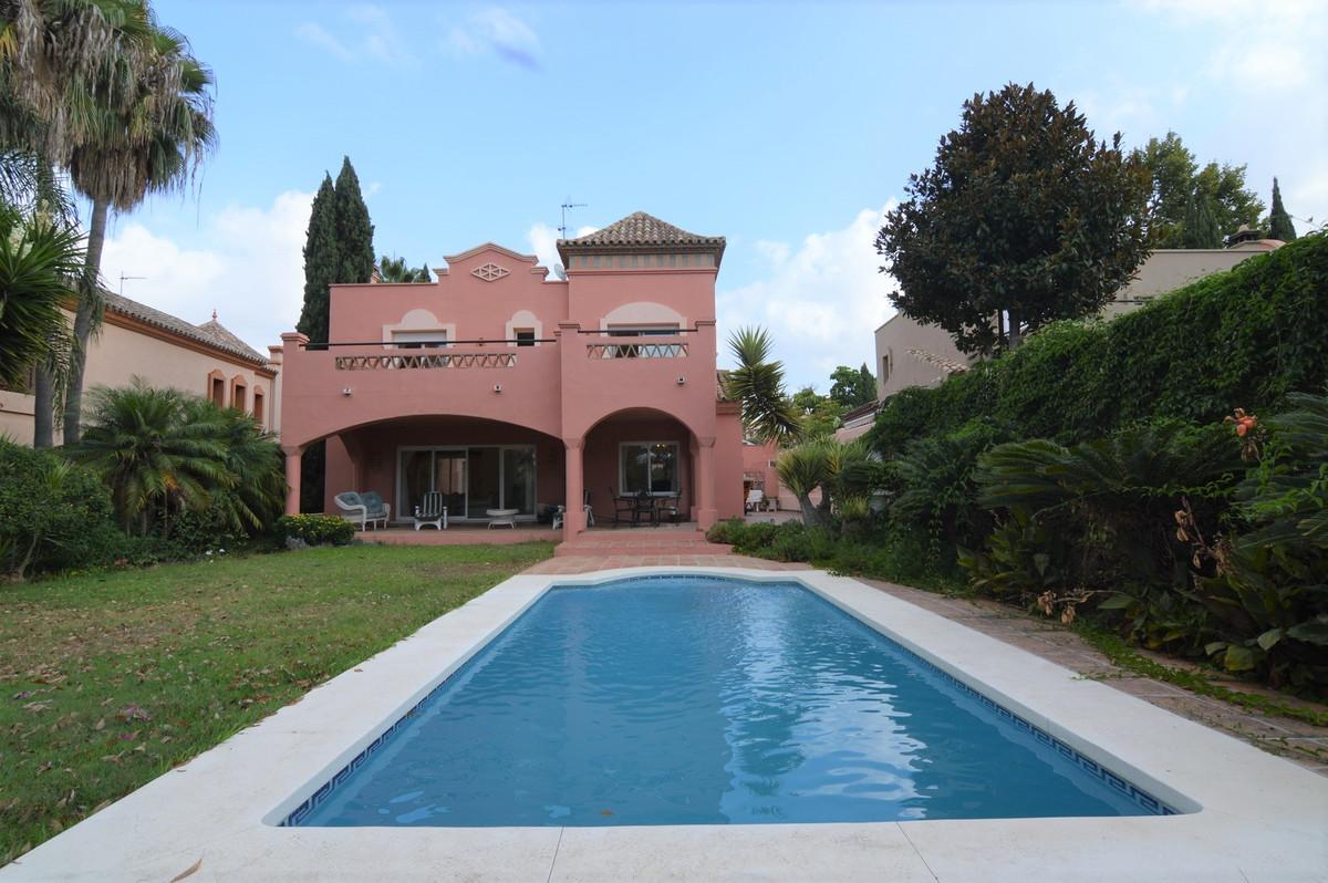 Villa en vente à Puerto Banús R3481441