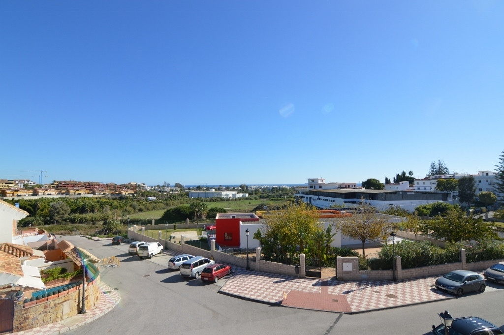 Cancelada, Estepona. Fantastic 3 bedroom townhouse in the popular area of Cancelada, within walking , Spain