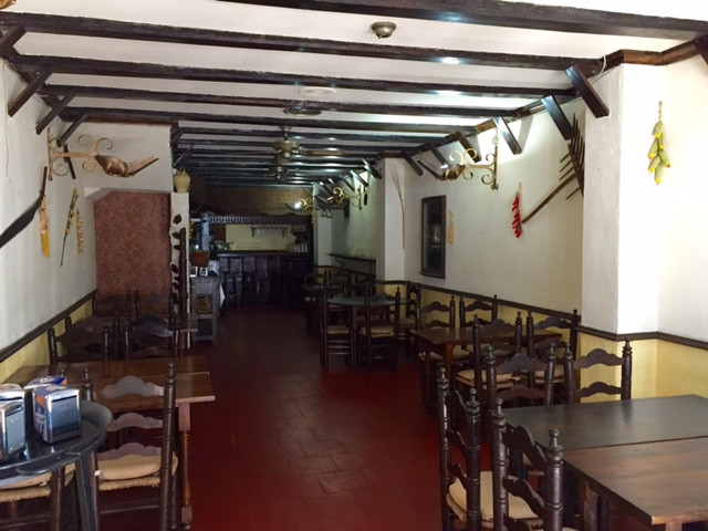San Pedro de Alcantara, Marbella. Currently a restaurant with a fully installed kitchen and 2 bathro,Spain
