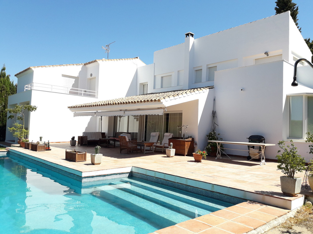 Lovely villa walking distance to the beach, golf and amenities with private pool and garden. The pro, Spain