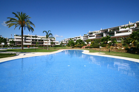 * Nueva Andalucia. Fantastic Top floor/penthouse two bedroom apartment in pristine condition located,Spain