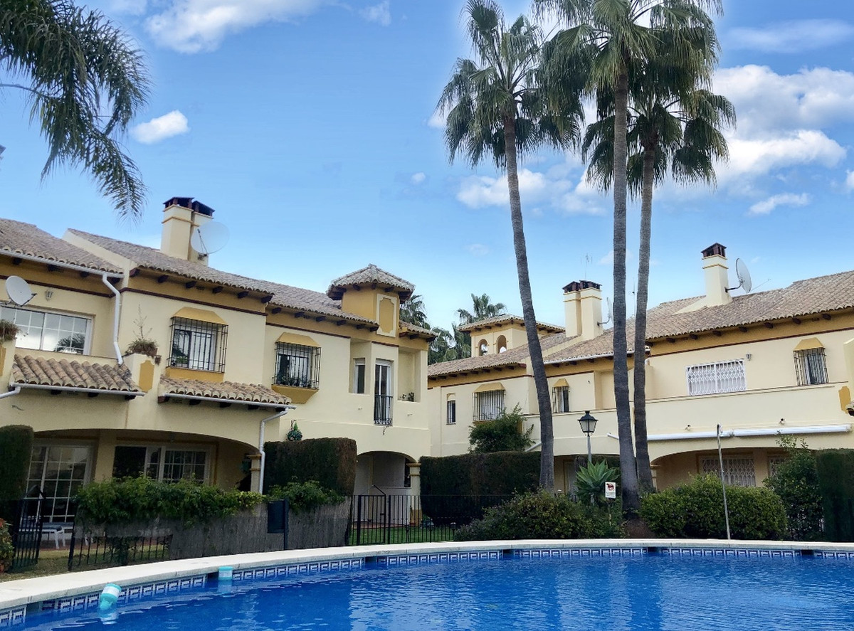 7 bedroom villa for sale marbella