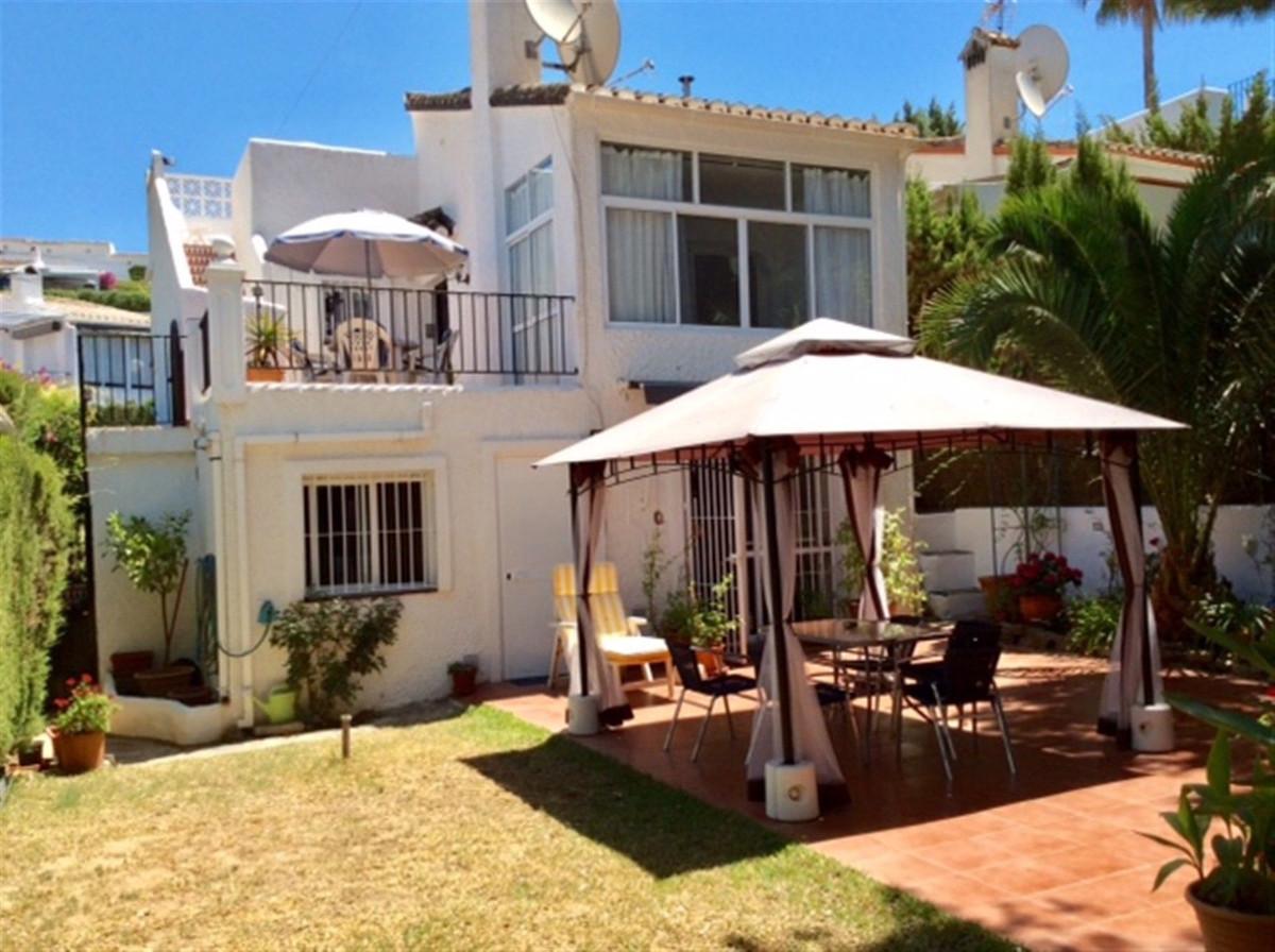Villa  Detached for sale   in Calypso