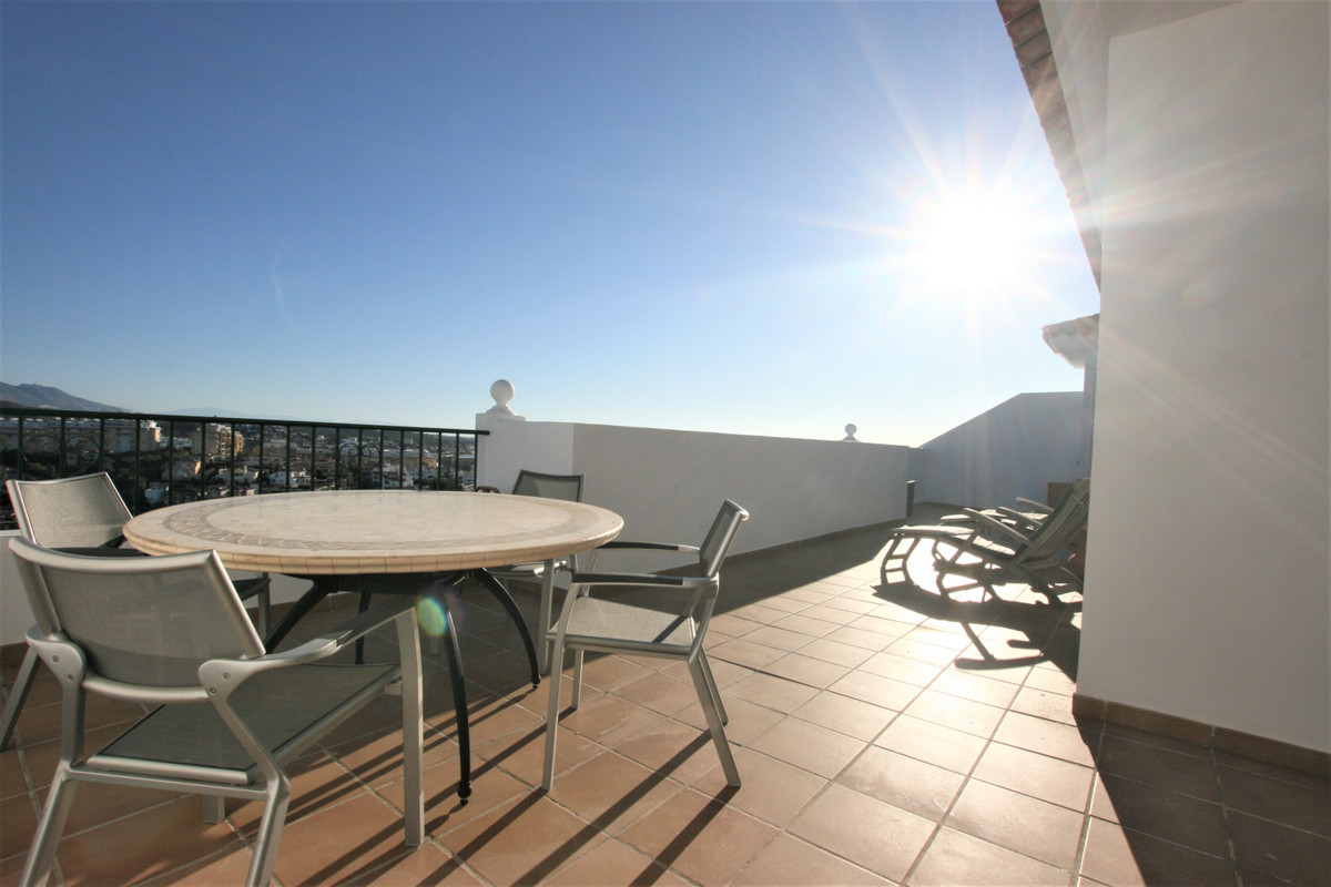 Enjoy a spacious apartment with a magnificent terrace with great views of the sea and the mountains,,Spain