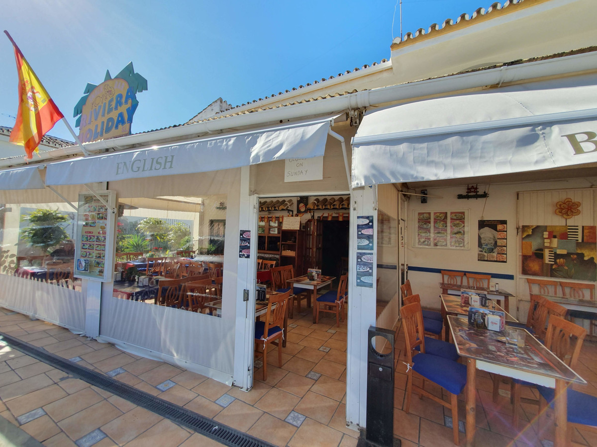 Sale of Bar / Resturante in the Riviera del Sol, Mijas Costa, fully operational, well located, about, Spain