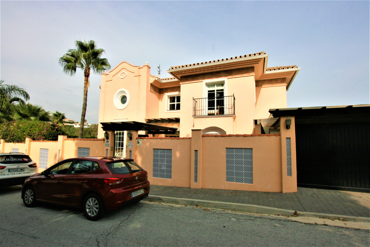 One of the best constructed villas on Costa del Sol! Incredible detached villa for sale in a privile,Spain