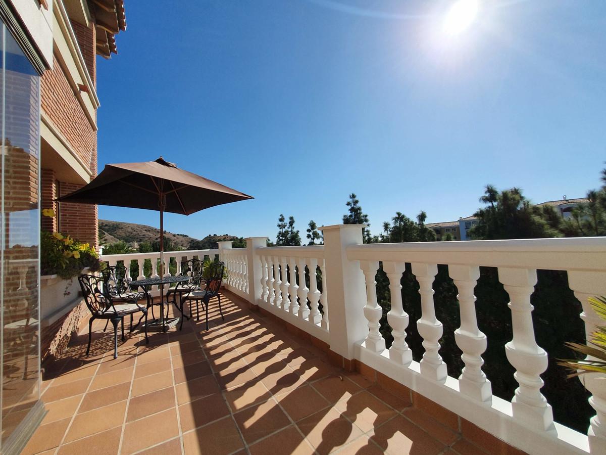 Marbella Banus Pareado en Venta en Calahonda – R3523909