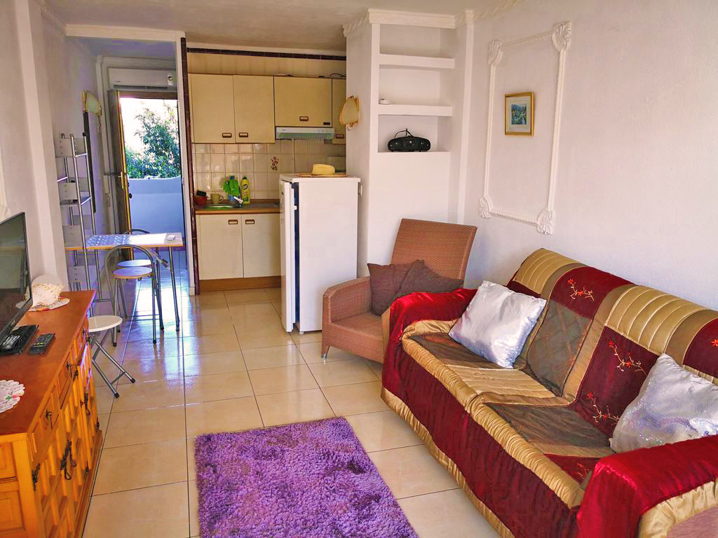 R3256702: Studio for sale in Calypso