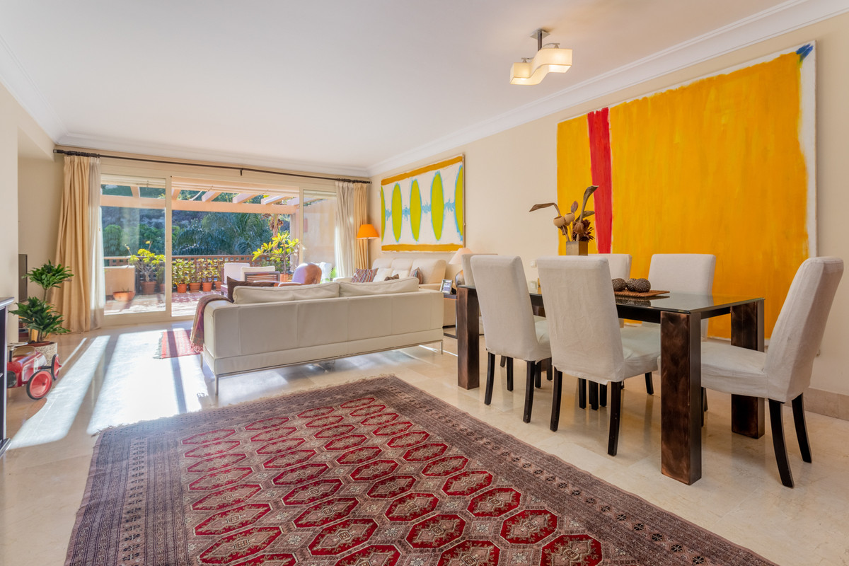 2 bedroom apartment for sale rio real