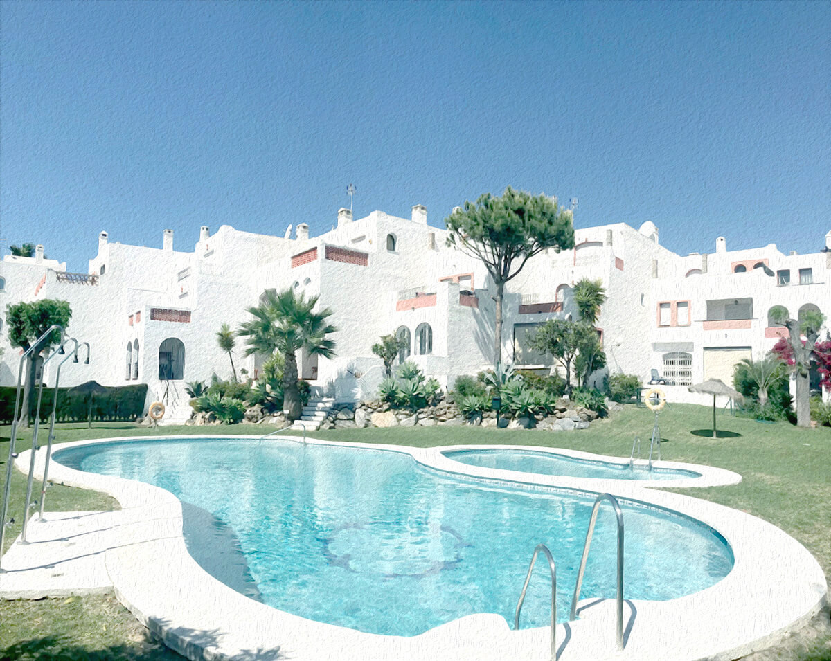 Very spacious, bright and south orientated townhouse with 4 bedrooms and a private garden, within a ,Spain