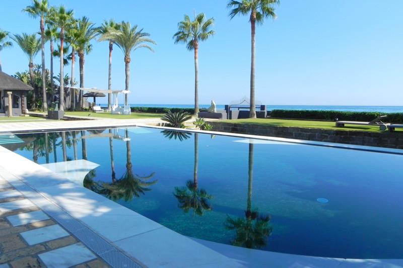 Villa - Chalet a la venta en Los Monteros