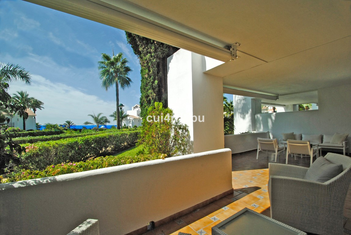 Apartment · Los Monteros