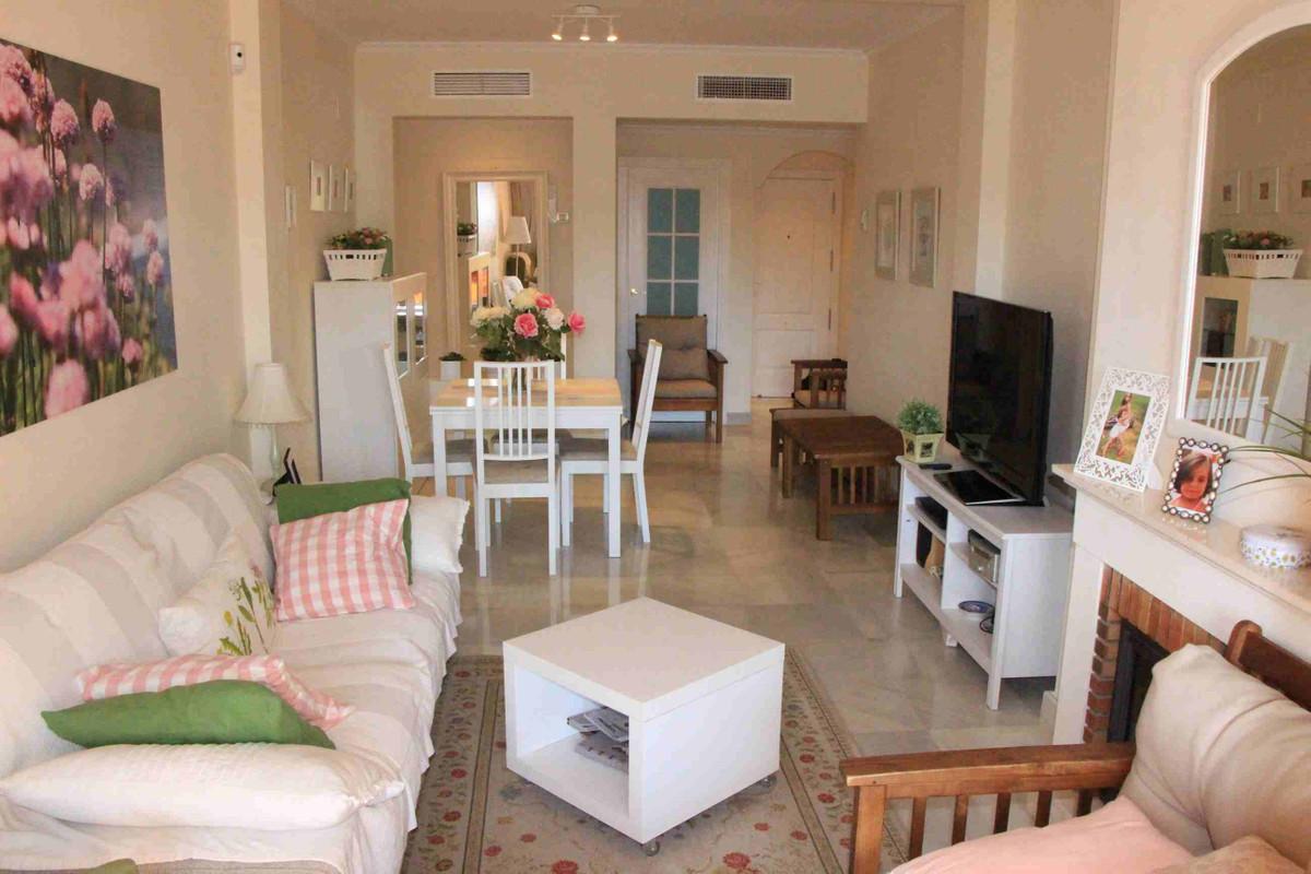 Apartamento Planta Baja en Venta en Atalaya – R3172273