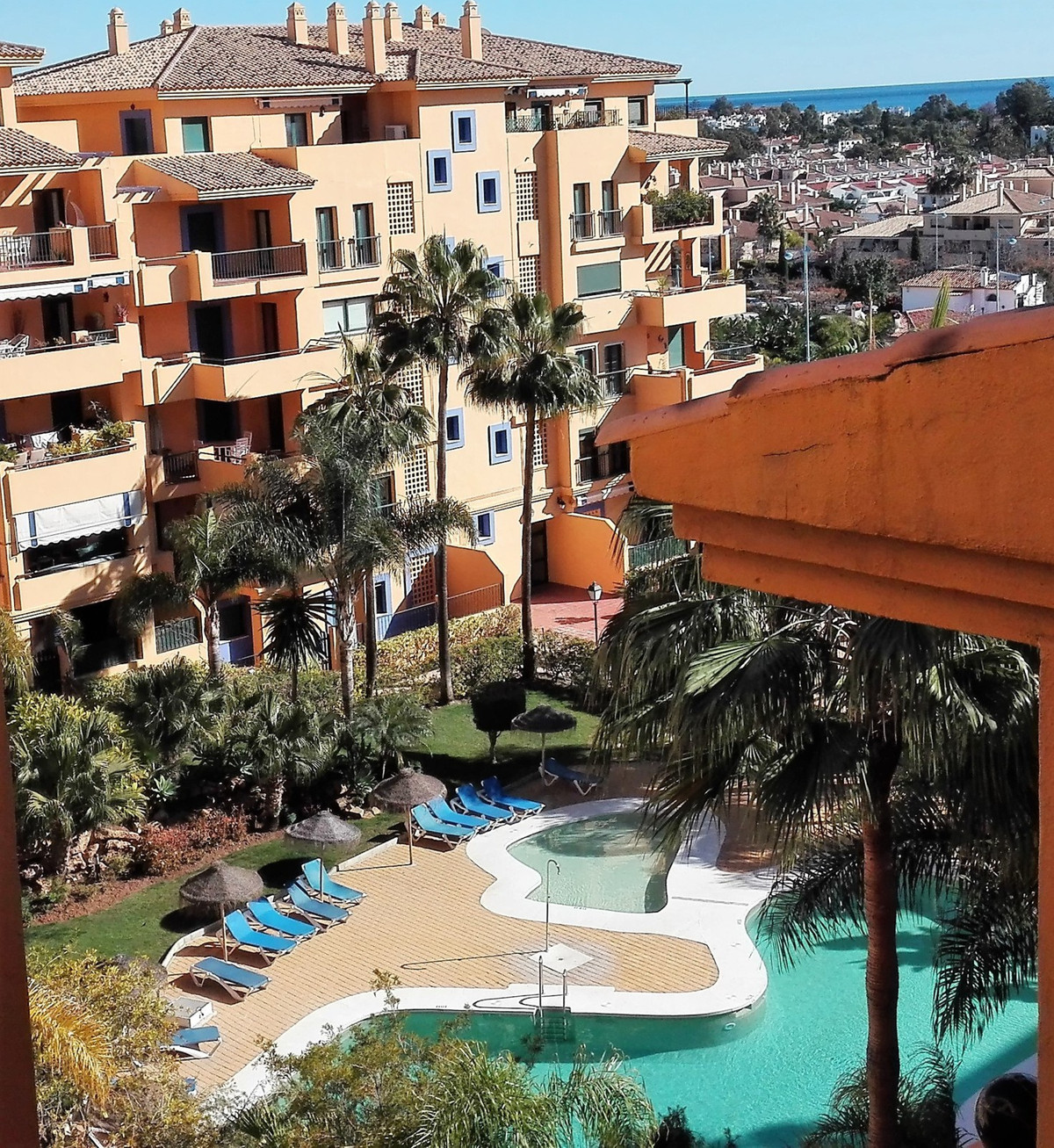 Wonderful family apartment in a secure and quiet urbanization on San Pedro beachside. The complex of,Spain