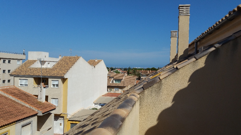 Beautiful as new apartment ideally situated 5 minute walk to the infamous Avda Rio Nalon. Very High , Spain