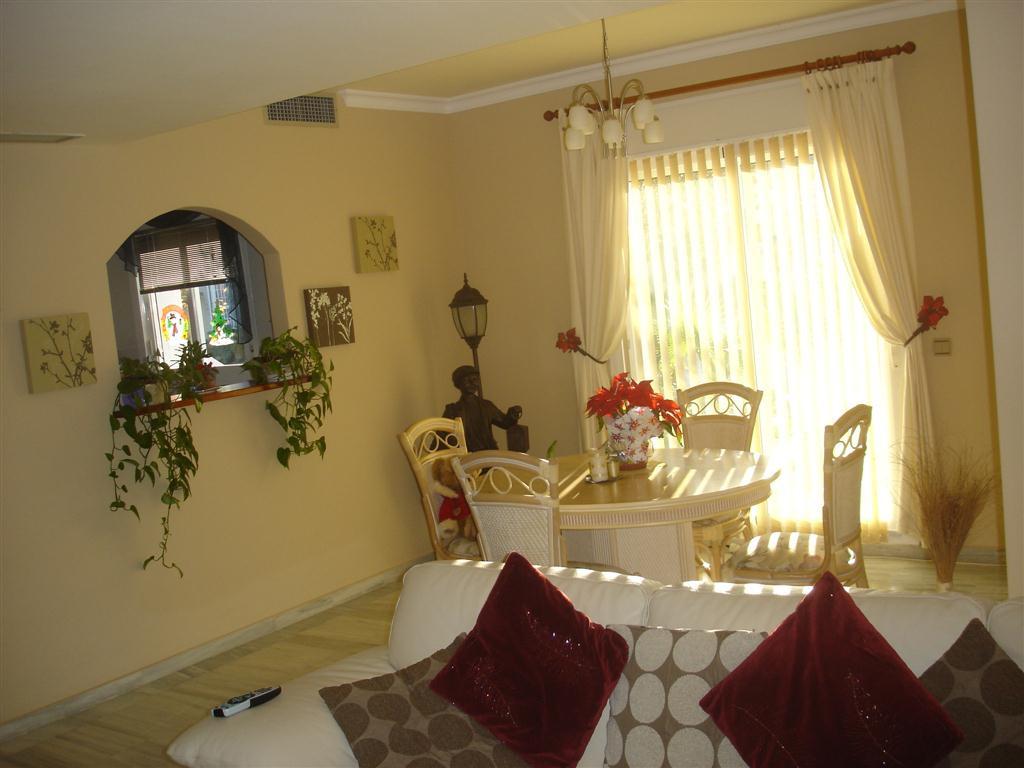House in Alhaurin Golf R65954 3