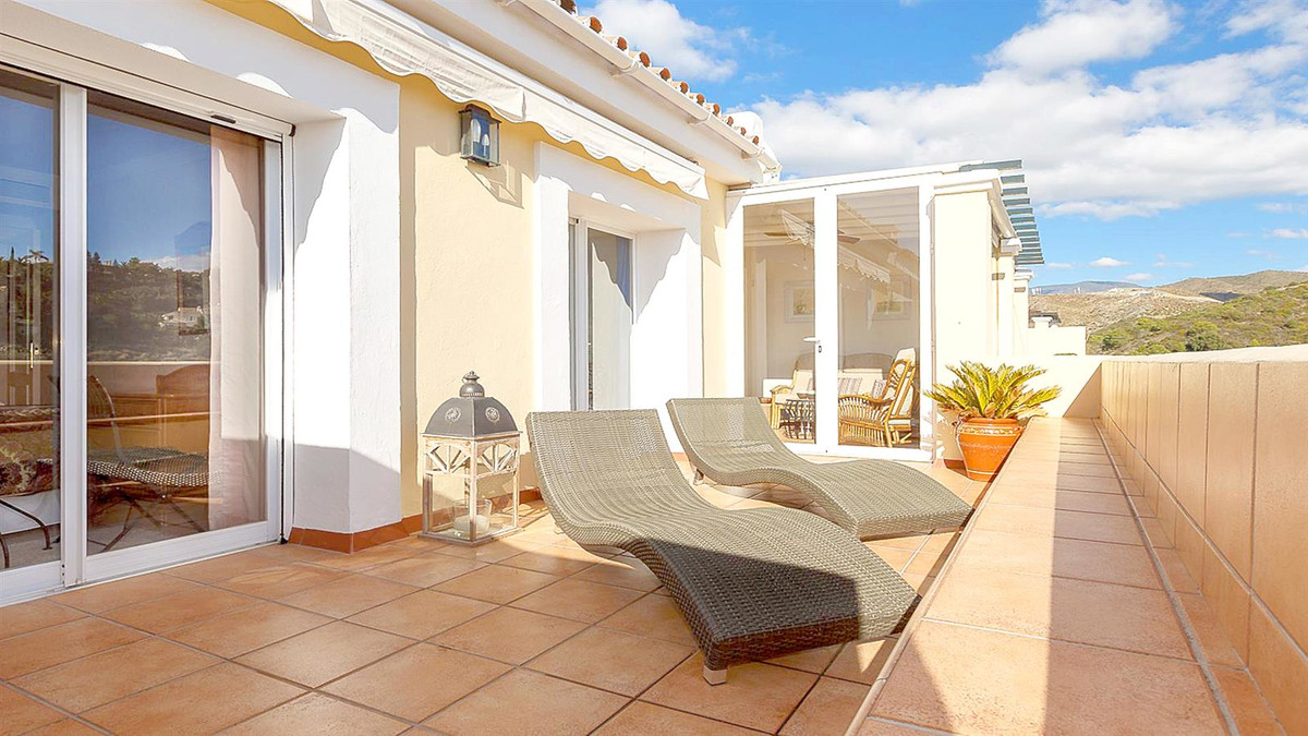 Apartment in La Quinta R3568981 3